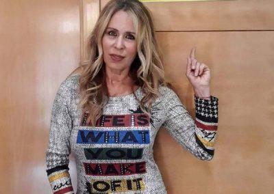 Myriam Diaz-Aroca apoya el proyecto social del Teléfono contra el suicidio