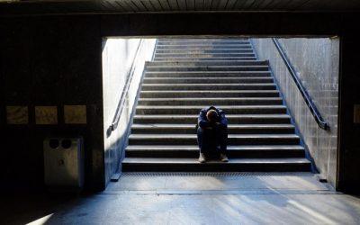 El covid y la crisis económica desencadenan una ola de trastornos mentales (El Periódico)