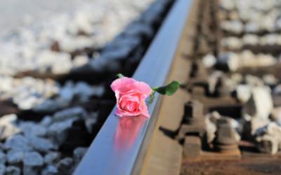 """¿Cómo se debe tratar el """"tabú"""" del suicidio en los Medios de Comunicación?"""